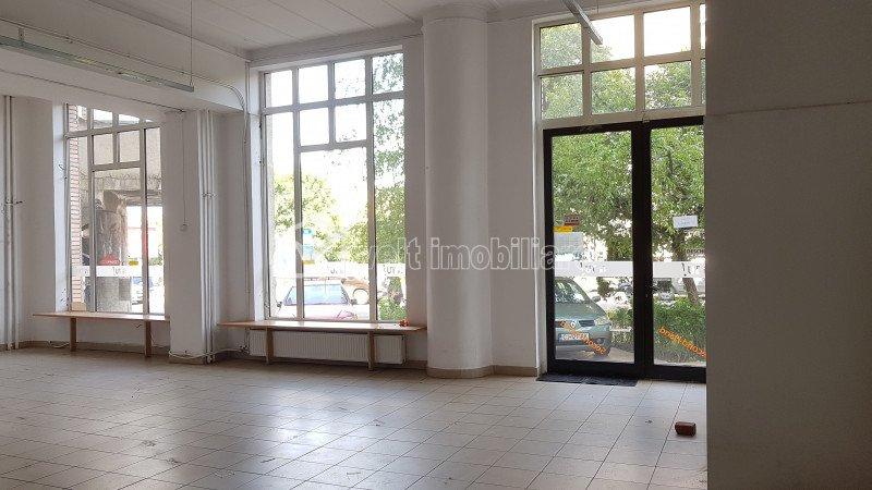 Spatiu comercial 180mp, piata Cipariu, intrare si vitrina la strada