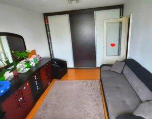 Apartament 2 camere, decomandat, 40 mp, balcon, etaj 3 din 10, Est, in Manastur