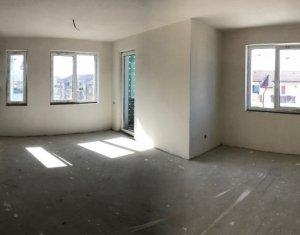 Apartament 2 camere, et 1, zona Subcetate