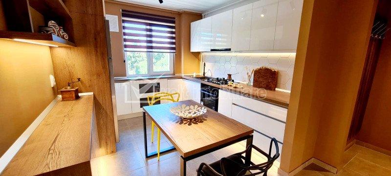 Apartament de LUX, 2 camere, 51,79 mp, balcon, etaj 3 din 4, Est, Gheorgheni