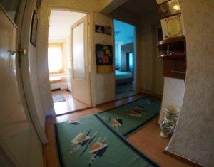MANASTUR, apartament 3 camere, decomandat, 2 bai, 68 mp, balcon, zona USAMV