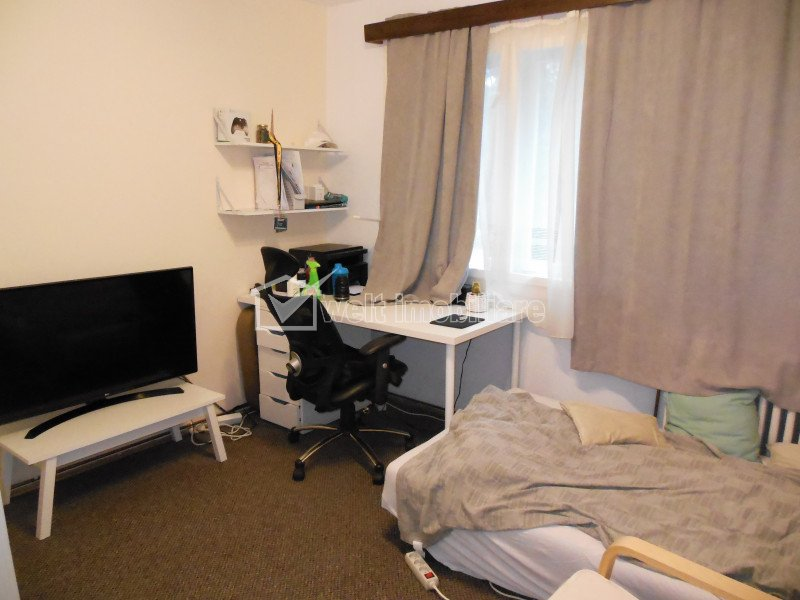 Vanzare apartament 4 camere decomandate, Gheorgheni, etaj 2, zona Hermes