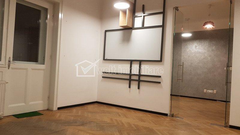 Birouri 135mp, 3 incaperi ultracentral, piata Muzeului - casa Matei Corvin