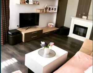 Apartament 2 camere, decomandat, in zona Florilor