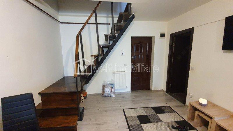 Apartament 3 camere, pe doua nivele, strada Florilor, Floresti