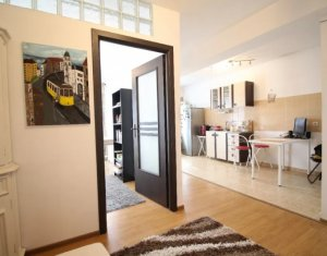 Apartament 1 camera, 41 mp, Finisat, zona P-ta 1 Mai
