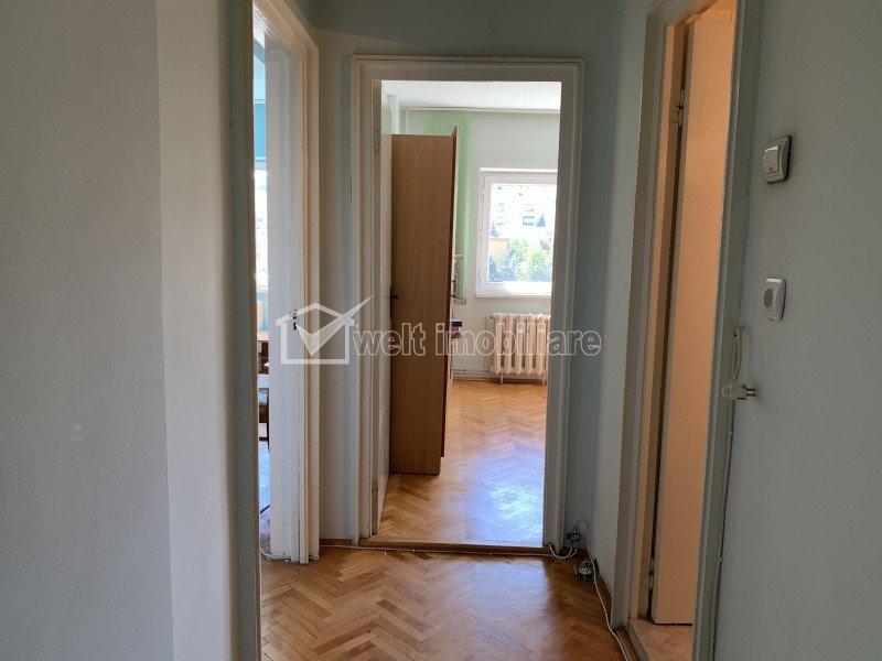 Vanzare apartament Manastur, 4 camere, 79 mp, etaj intermediar, bloc reabilitat