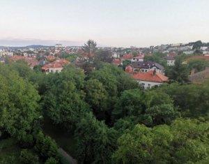 Apartament cu 3 camere confort sporit in Andrei Muresanu, aproape de Centru
