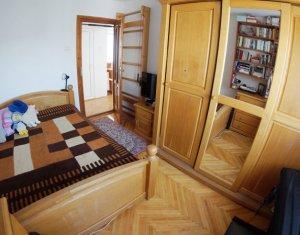 Apartament 3 camere, decomandat, pe strada Bucium, Manastur