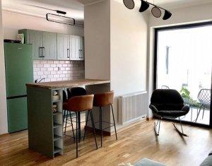 Apartament ultrafinisat, 2 camere si balcon, imobil nou, de lux, zona centrala