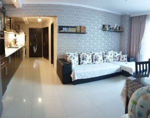 Apartament 3 camere, situat in Floresti, zona Eroilor