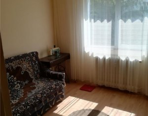 OCAZIE! Apartament cu 3 camere + balcon, zona Primaverii, Manastur
