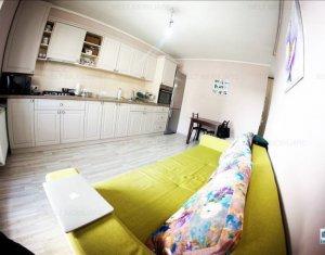 Apartament 2 camere, semidecomandat, balcon, parcare, Intre Lacuri