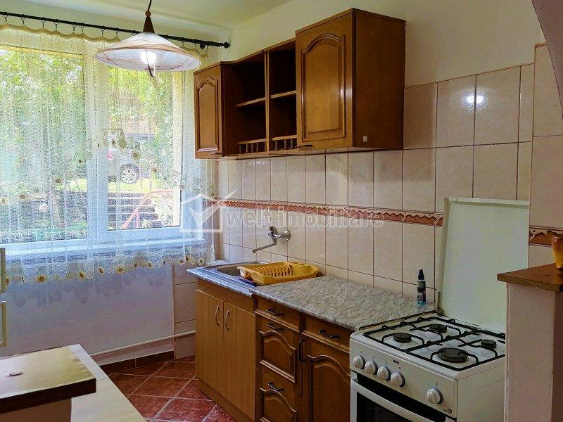 Apartament modern de 2 camere semidecomandat, Zona Garii