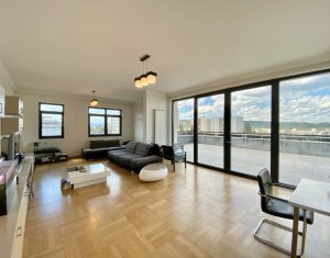 Apartament 4 camere 200 mp, zona Platinia Shopping Center - USAMV. Terasa 70 mp