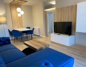 Apartament cu 2 camere, decomandat, 57mp, Lux, Central