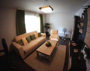 Vanzare 3 camere, Zorilor, zona Golden Tulip, superfinisat, etaj 2