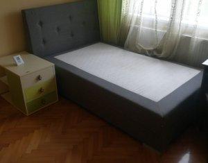 Apartament decomandat, 3 camere, zona Billa