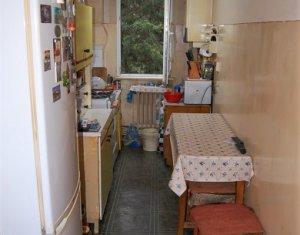 Apartament 2 camere, semidecomandat, etaj 1, Manastur, zona Bucium