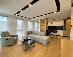 Apartament cu 2 camere, standarde lux, zona ultracentrala, garaj