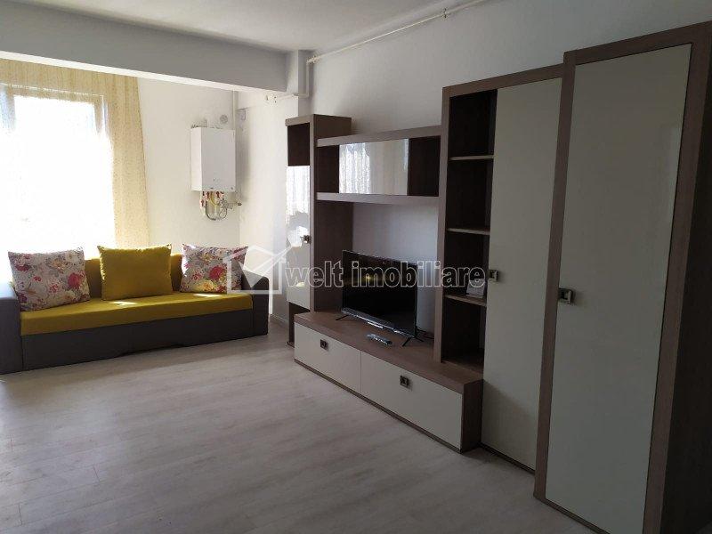 Apartament semidecomandat 2 camere, bloc nou, prima inchiriere, parcare, Central