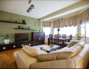 Maison 4 chambres à vendre dans Cluj-napoca, zone Europa