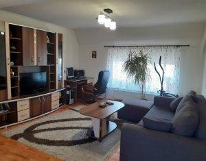 Apartament 3 camere bloc tip vila parcare Buna Ziua