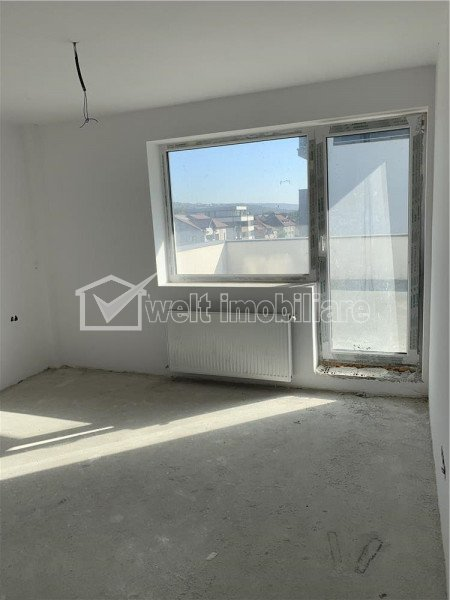 Apartment 4 rooms for sale in Cluj-napoca, zone Dambul Rotund