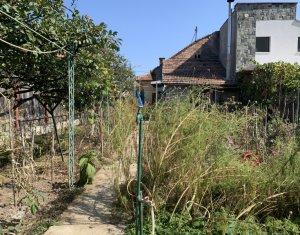 Vanzare teren, Gheorgheni, zona Iulius, 436 mp, cu casa demolabila, calcan