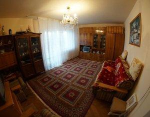 Apartment 3 rooms for rent in Cluj-napoca, zone Manastur