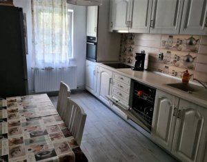 Apartment 4 rooms for sale in Cluj-napoca, zone Marasti