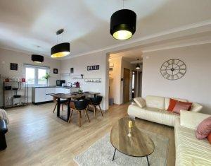 Inchiriere Apartament 3 camere, dotari lux, imobil tip vila, Andrei Muresanu