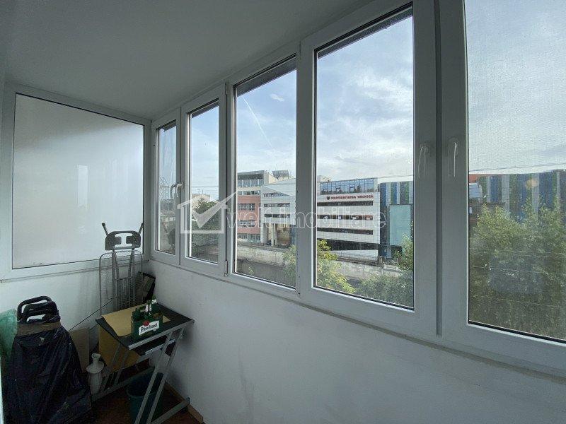Inchiriere Apartament 2 camere decomandate, zona centrala, strada Dragalina