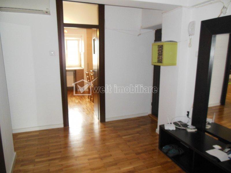 inchiriere apartament 3 camere Piata Cipariu