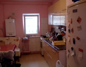 Apartament 4 camere, 2 bai, 3 balcoane, etaj intermediar, zona calea Manastur