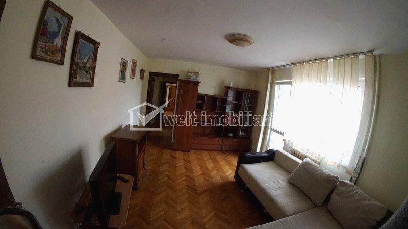 Inchiriere apartament cu 4 camere, 100 mp, zona linistita din Manastur