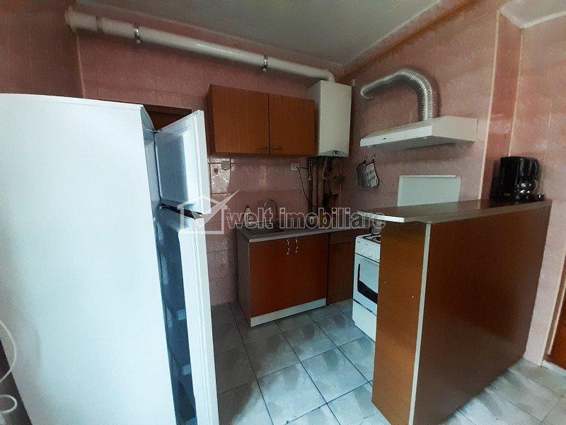 Apartament cu o camera, bucatarie si baie comuna la casa aproape de Gara CFR