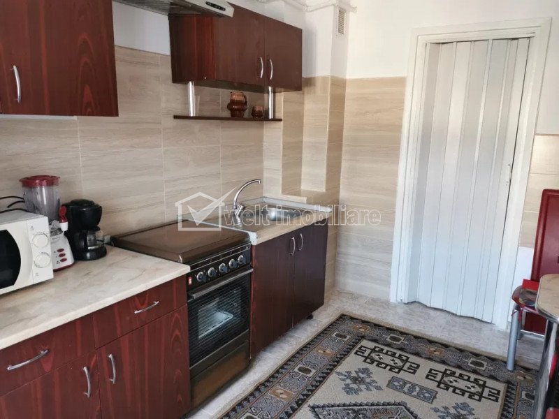 Închiriere apartament cu 2 camere, decomandat, 59, zona Interservisan