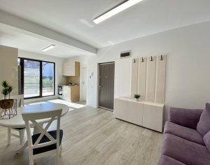 Apartament lux, 3 camere, prima inchiriere, imobil exclusivist,zona UMF, parcare