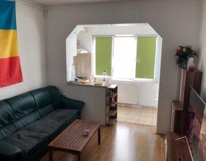 Apartament cu 2 camere, 60 mp, Zona Garii cu loc de parcare propriu