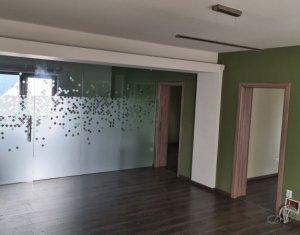 Apartament cu 4 camere, 99mp, nemobilat, zona Europa, gradina 150mp
