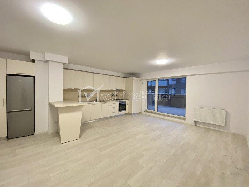 Inchiriere Apartament 2 camere, zona centrala - Scala Center, garaj