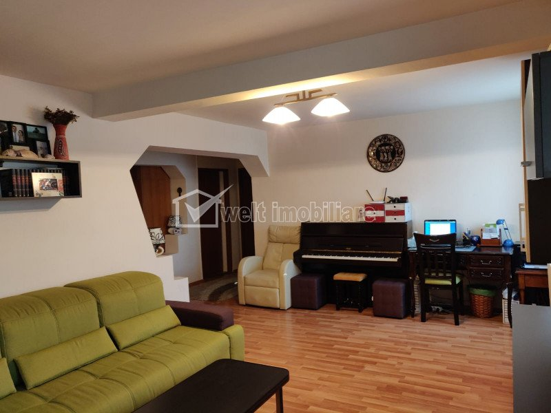 Apartament cu 3 camere, 70mp, mobilat, utilat, zona Tasnad