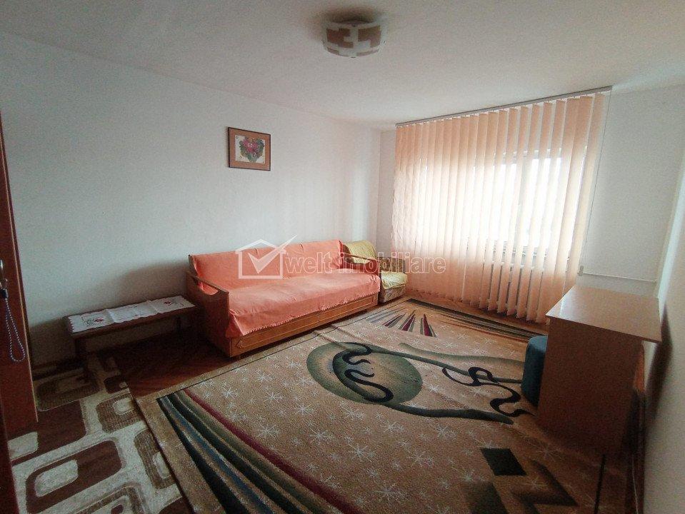 Inchiriere apartament 3 camere decomandate, 71 mp, zona linistita, Gheorgheni