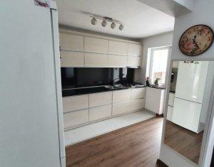 Apartament 3 camere, 60 mp, loc parcare, cartierul Manastur, strada Primaverii