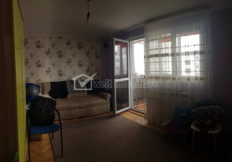 Appartement 4 chambres à vendre dans Cluj-napoca, zone Manastur