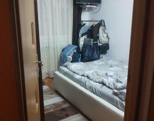 Apartament cu 3 camere semidecomandate, 44 mp, zona Manastur