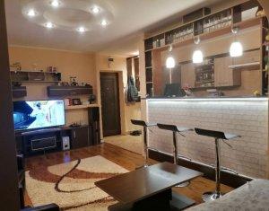 Apartament recent renovat, 3 camere, Mănăștur