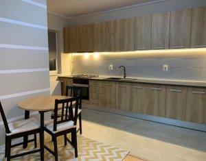 Apartament cu 2 camere, 60 mp, zona Andrei Muresanu, LUX, cu loc de parcare