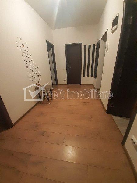 Apartament cu 3 camere zona Alverna, decomandat si parcare securizata